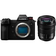 Panasonic Lumix S1 + Lumix S 20-60mm f/3.5-5.6 Kit (Bonus Vlog Activation Code & DMW-BGS1E Battery Grip, valid till 3 May 21)